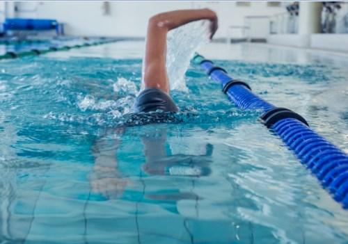 לשחות שלא יכאב הגב